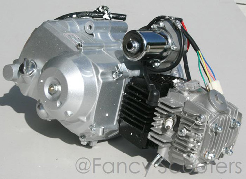 110cc 4-stroke Whole Engine (Automatic with Reverse Starter on Top, )